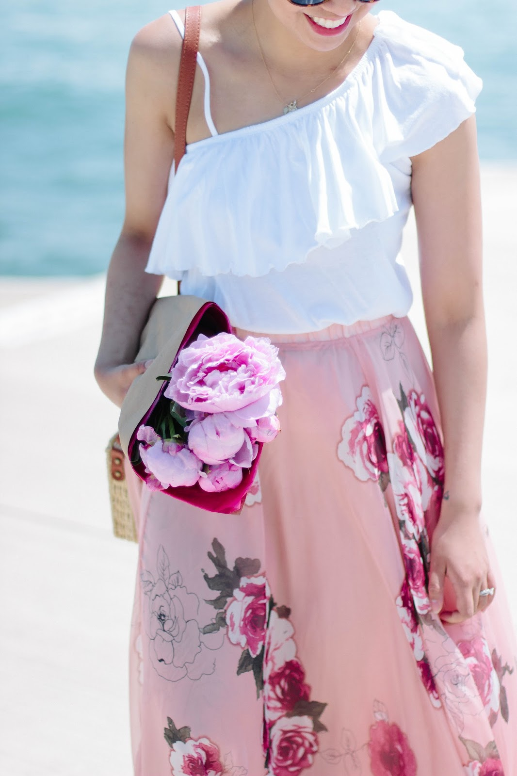 How to Wear a Pleated Maxi Skirt For Everyday Wear