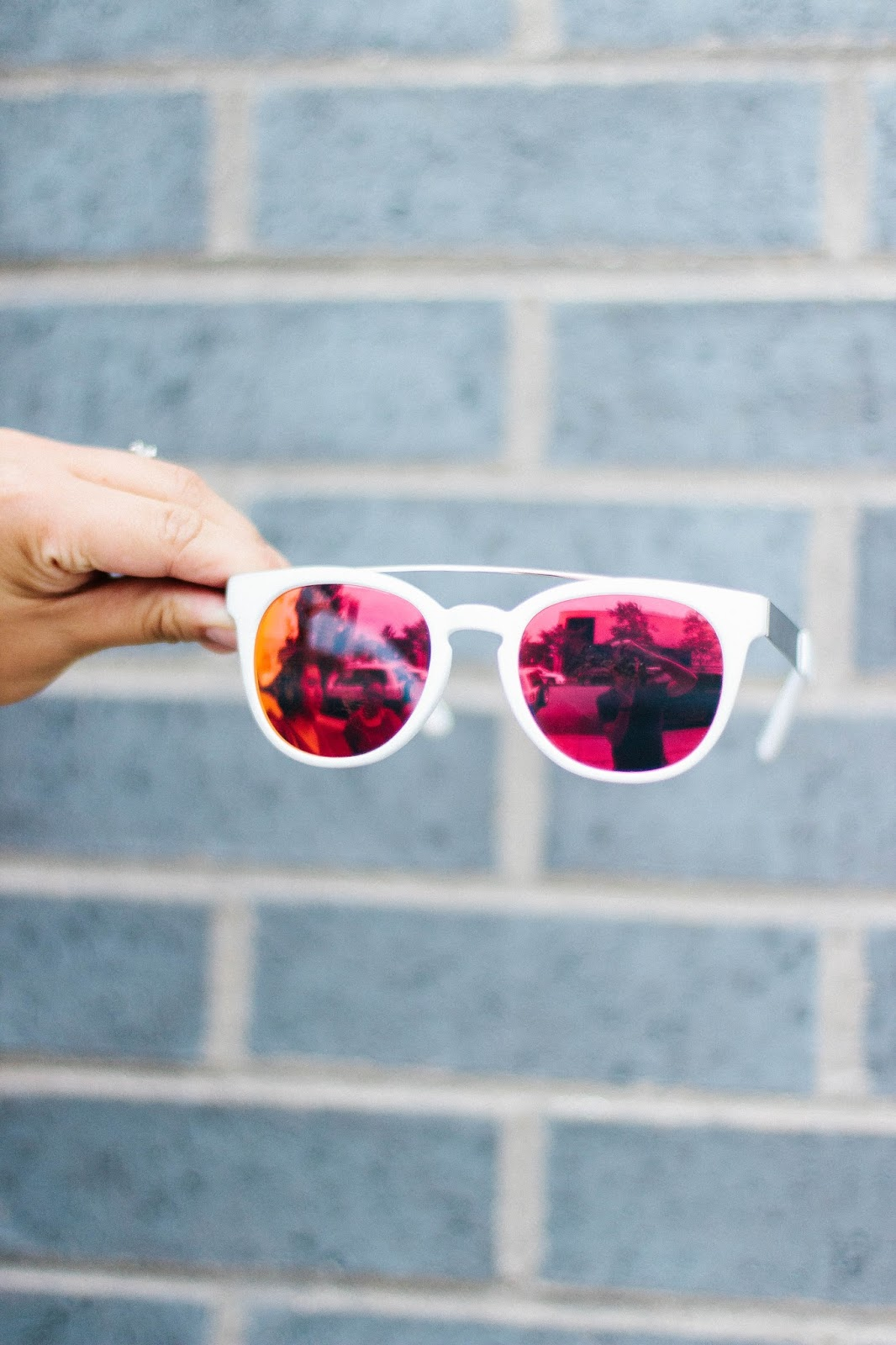 Can You Wear Mirrored Sunglasses In The Fall Rd S Obsessions