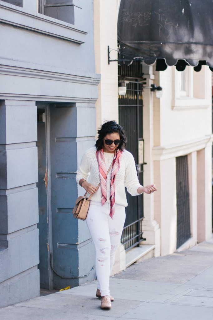 How to wear a monochromatic white outfit