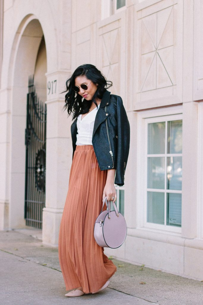 My Love For Pleated Wide-Leg Pants