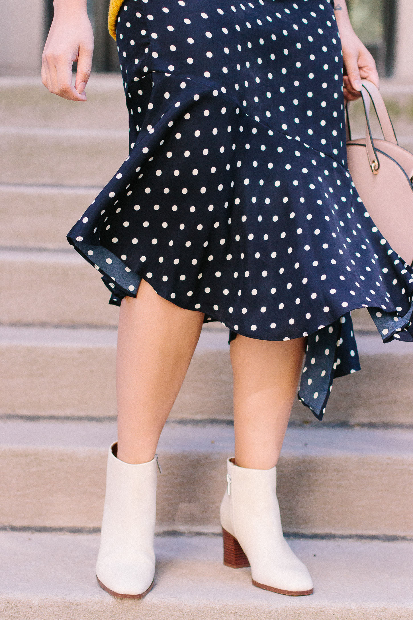 7d4ce2b0f3 How to Wear Skirts For Fall. 12 Amazing Skirts for Fall.