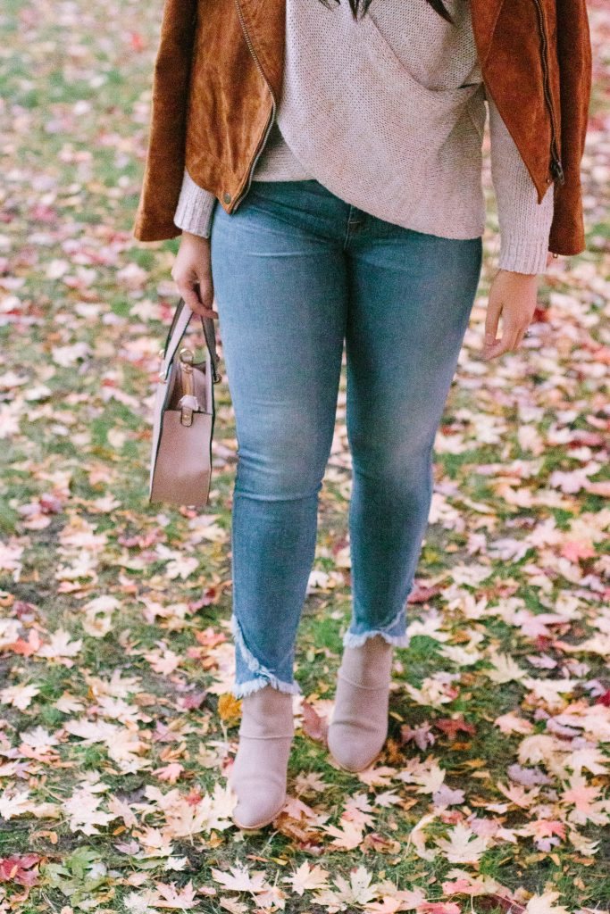 How to Wear Tulip Frayed Hem Jeans