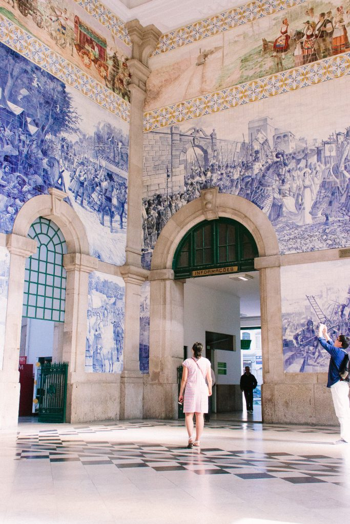 Sao Bento Train Station. Travel Guide to Porto, Portugal. Things to do in Porto, Portug