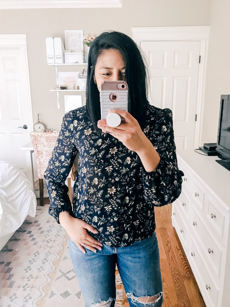 Amazon Fashion - Floral Puffed Sleeved Top.