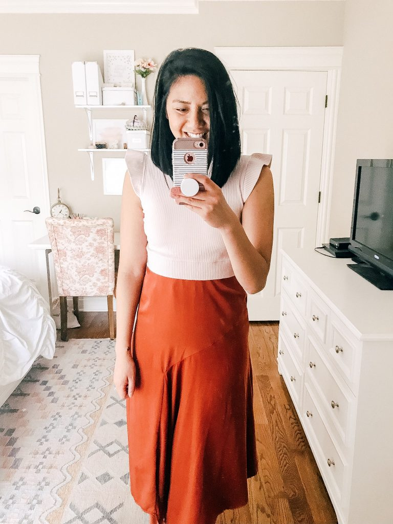 Chic Amazon Tops Under $20. Affordable ruffled crop top