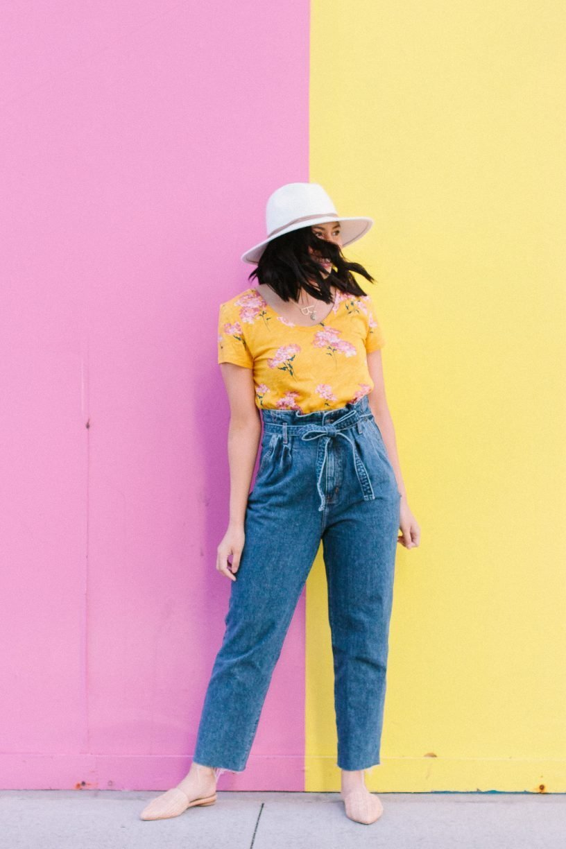 How Paperbag Waist Jeans Are Easily Fashion-Forward