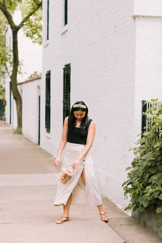A Good A-Line Side Slit Skirt For Summer Date Night