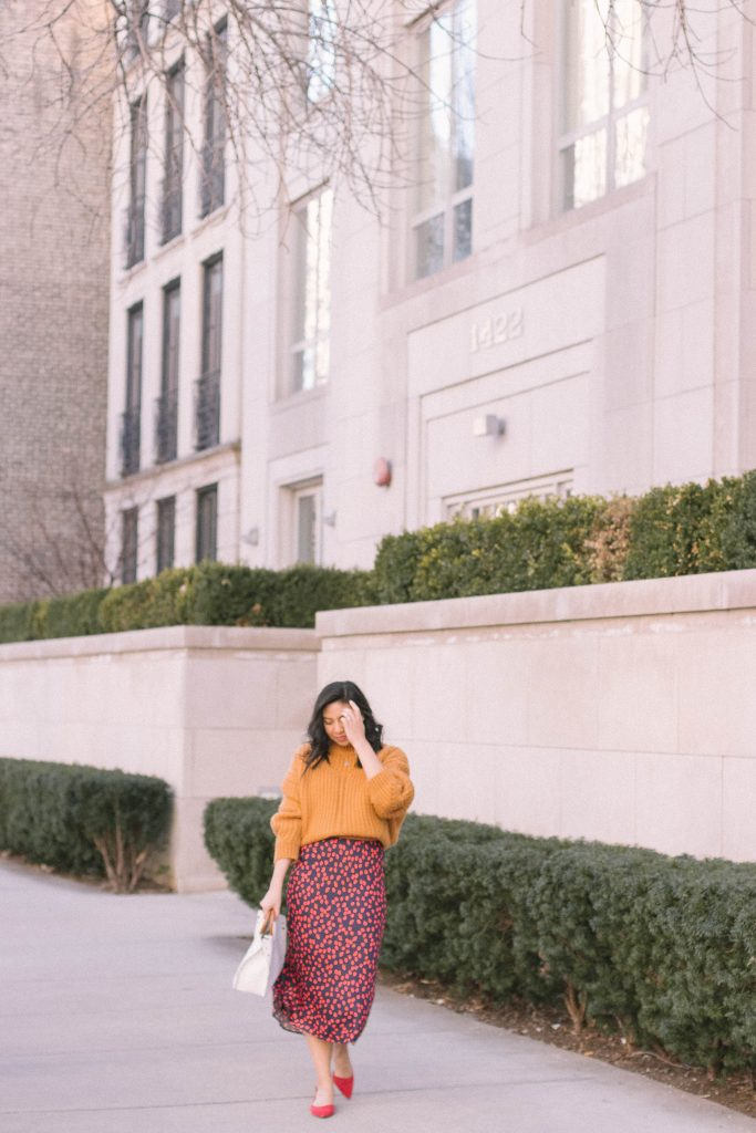 How To Style A Skirt For Fall