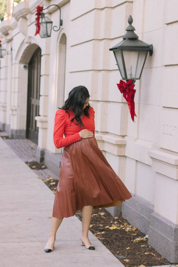 How To Wear Faux Leather Skirt For The Holidays